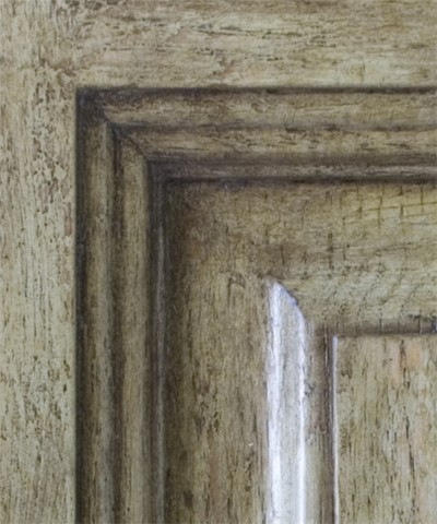 https://russellandboals.com/wp-content/uploads/2021/04/gallery-fine-finishes-cabinet-door_7_closeup_copy.jpg